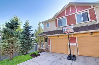 Photo 2: 4 Sage Hill Common NW in Calgary: Sage Hill Row/Townhouse for sale : MLS®# A1139870