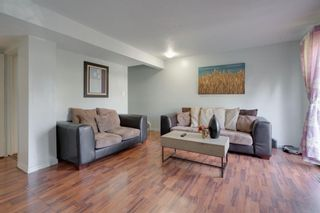 Photo 12: 2 4515 7 Avenue SE in Calgary: Forest Heights Row/Townhouse for sale : MLS®# A1121436