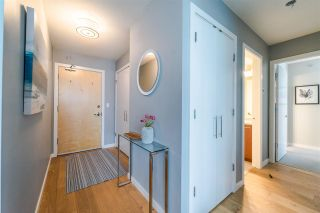 """Photo 9: 1901 120 MILROSS Avenue in Vancouver: Mount Pleasant VE Condo for sale in """"THE BRIGHTON"""" (Vancouver East)  : MLS®# R2341532"""