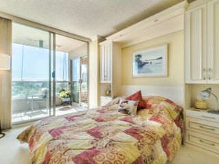 """Photo 13: 604 1045 QUAYSIDE Drive in New Westminster: Quay Condo for sale in """"Quayside Tower 1"""" : MLS®# R2582288"""