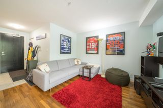 """Photo 4: 311 2525 BLENHEIM Street in Vancouver: Kitsilano Condo for sale in """"THE MACK"""" (Vancouver West)  : MLS®# R2608391"""
