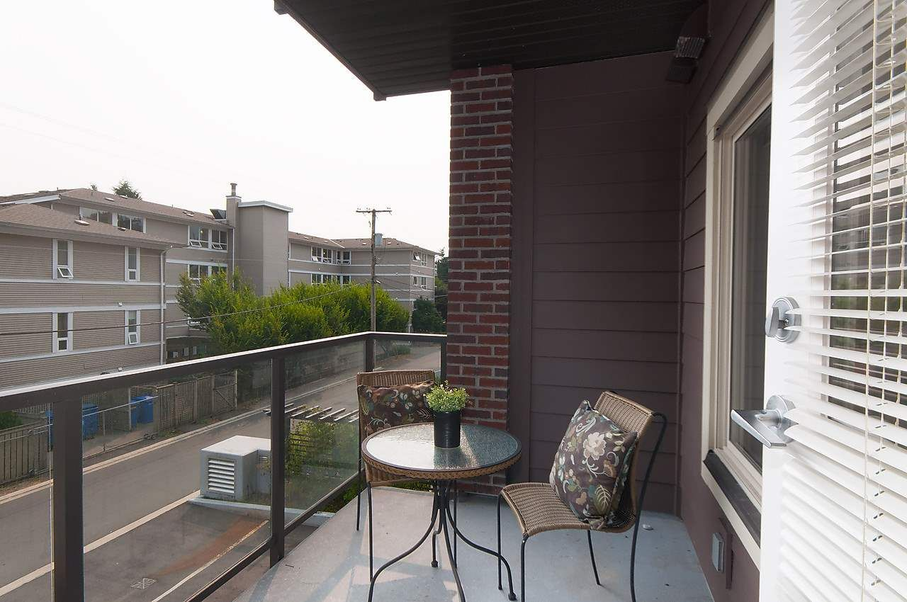 """Photo 12: Photos: 205 1273 MARINE Drive in North Vancouver: Norgate Condo for sale in """"THE IVY"""" : MLS®# R2116116"""