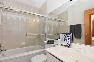Photo 17: 2648 W 5TH Avenue in Vancouver: Kitsilano 1/2 Duplex for sale (Vancouver West)  : MLS®# R2165629