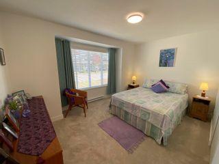 Photo 13: 5687 PARTRIDGE Way in Sechelt: Sechelt District House for sale (Sunshine Coast)  : MLS®# R2615051