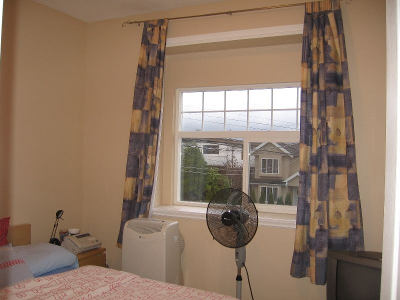 Photo 14: Photos: 5966 WOODSWORTH Street in Burnaby: Central BN 1/2 Duplex for sale (Burnaby North)  : MLS®# V619949
