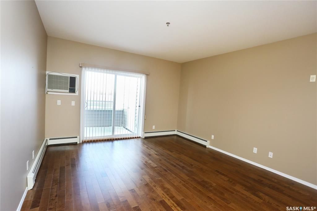 Photo 13: Photos: 204 302 Nelson Road in Saskatoon: University Heights Residential for sale : MLS®# SK800364