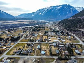 Photo 50: 143 HOLLYWOOD Crescent: Lillooet House for sale (South West)  : MLS®# 161036