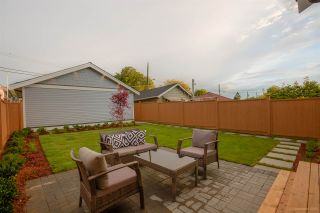 Photo 19: 1306 E 27 Avenue in Vancouver: Knight 1/2 Duplex for sale (Vancouver East)  : MLS®# R2088302
