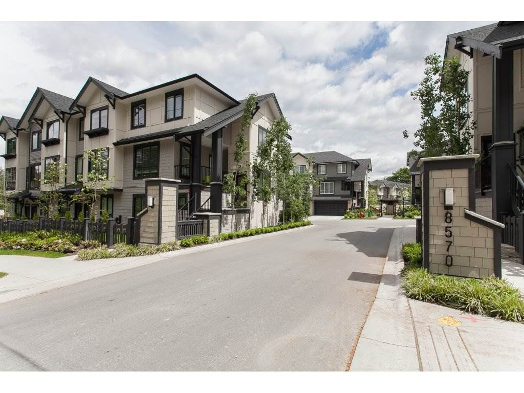 """Main Photo: 71 8570 204TH Street in Langley: Willoughby Heights Townhouse for sale in """"WOODLAND PARK"""" : MLS®# R2176443"""
