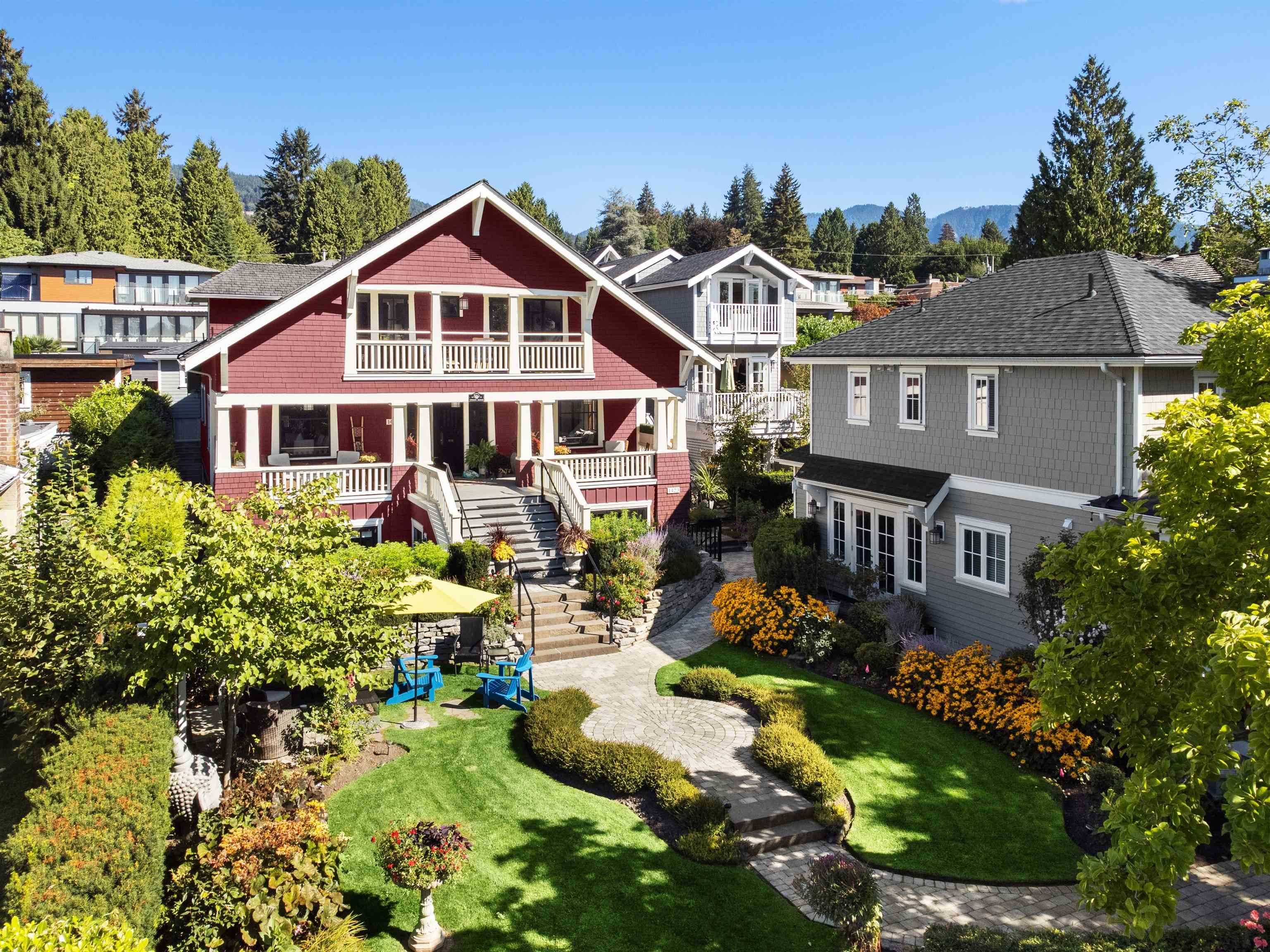 """Main Photo: 1421 GORDON Avenue in West Vancouver: Ambleside House for sale in """"Vinson House"""" : MLS®# R2617756"""