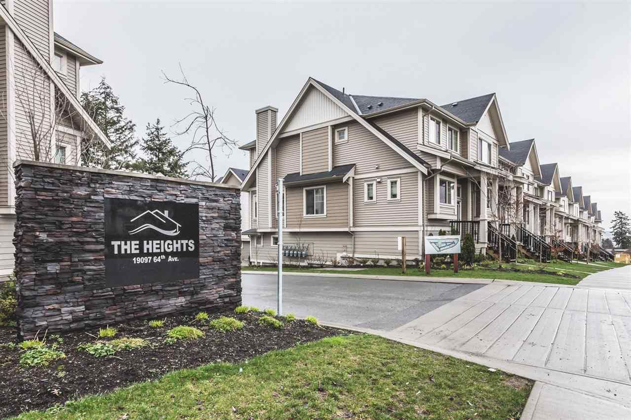 """Main Photo: 32 19097 64 Avenue in Surrey: Cloverdale BC Townhouse for sale in """"The Heights"""" (Cloverdale)  : MLS®# R2231144"""