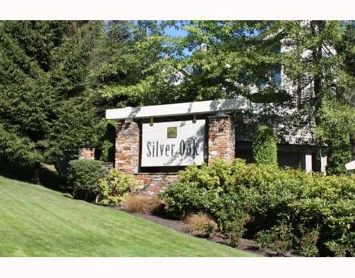 """Main Photo: 224 1465 PARKWAY Boulevard in Coquitlam: Westwood Plateau Townhouse for sale in """"SILVER OAKS"""" : MLS®# V787781"""