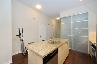 """Photo 13: 102 3688 INVERNESS Street in Vancouver: Knight Condo for sale in """"Charm"""" (Vancouver East)  : MLS®# R2488351"""
