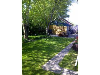 """Photo 2: 555 BURDEN Street in Prince George: Central House for sale in """"CENTRAL"""" (PG City Central (Zone 72))  : MLS®# N210383"""