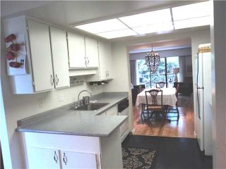 """Photo 5: 6866 BEECHCLIFFE Drive in Burnaby: Montecito Townhouse for sale in """"ELLERSLIE COURT"""" (Burnaby North)  : MLS®# V875225"""