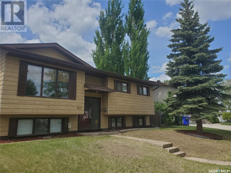 FEATURED LISTING: 2971 15th AVE E Prince Albert