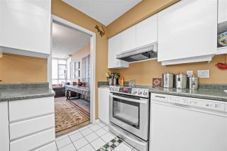 """Photo 5: 2402 6888 STATION HILL Drive in Burnaby: South Slope Condo for sale in """"SAVOY CARLTON"""" (Burnaby South)  : MLS®# R2561740"""