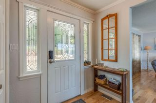Photo 2: 1701 Sandy Beach Rd in : ML Mill Bay House for sale (Malahat & Area)  : MLS®# 851582