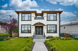 Photo 1: 6912 PATTERSON Avenue in Burnaby: Metrotown House for sale (Burnaby South)  : MLS®# R2584958