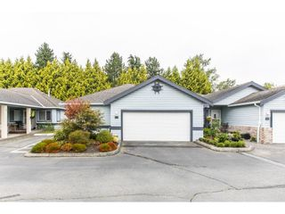 """Photo 4: 28 5550 LANGLEY Bypass in Langley: Langley City Townhouse for sale in """"Riverwynde"""" : MLS®# R2615575"""