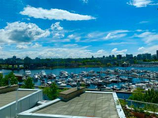 """Photo 1: 603 1099 MARINASIDE Crescent in Vancouver: Yaletown Condo for sale in """"Marinaside Resort"""" (Vancouver West)  : MLS®# R2580994"""