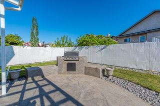 Photo 17: 471 OZERNA Road in Edmonton: Zone 28 House for sale : MLS®# E4252419