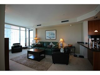 "Photo 6: 1002 1680 BAYSHORE Drive in Vancouver: Coal Harbour Condo for sale in ""BAYSHORE TOWER"" (Vancouver West)  : MLS®# V1107422"