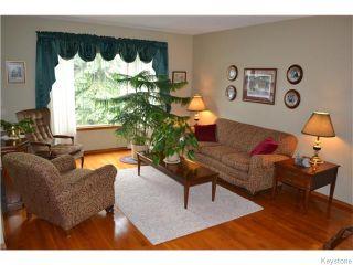 Photo 3: 71 Huntingdale Road in Winnipeg: River Heights / Tuxedo / Linden Woods Residential for sale (South Winnipeg)  : MLS®# 1613106