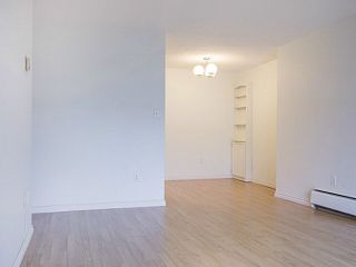 "Photo 3: 109 2450 CORNWALL Avenue in Vancouver: Kitsilano Condo for sale in ""The Ocean's Door"" (Vancouver West)  : MLS®# V1119389"
