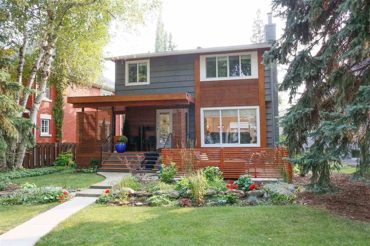 Main Photo: 13107 CHURCHILL Crescent in Edmonton: Zone 11 House for sale : MLS®# E4225061