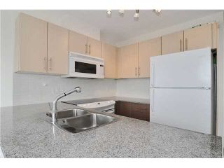 """Photo 5: 1209 550 TAYLOR Street in Vancouver: Downtown VW Condo for sale in """"THE TAYLOR"""" (Vancouver West)  : MLS®# V903570"""