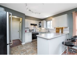 """Photo 8: 6 20875 88 Avenue in Langley: Walnut Grove Townhouse for sale in """"Terrace Park"""" : MLS®# R2541768"""