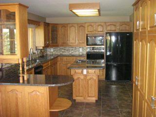 Photo 6: 561 DANKO Drive in ESTPAUL: Birdshill Area Residential for sale (North East Winnipeg)  : MLS®# 1202033