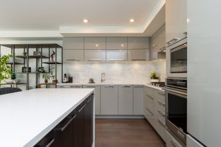 """Photo 10: 307 1160 OXFORD Street: White Rock Condo for sale in """"NEWPORT AT WESTBEACH"""" (South Surrey White Rock)  : MLS®# R2548964"""
