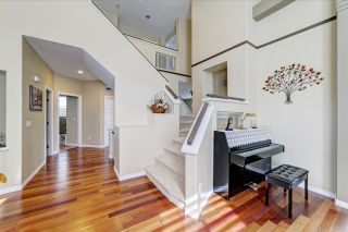 Photo 2: 1641 BLUE JAY Place in Coquitlam: Westwood Plateau House for sale : MLS®# R2462924