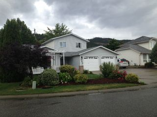 Photo 2: 382 Whitman Road in Kelowna: North Glenmore House for sale (Central Okanagan)  : MLS®# 10070502
