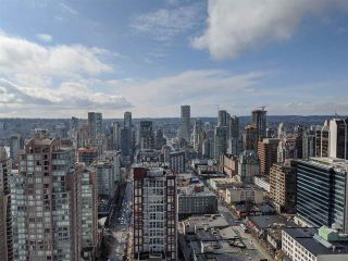 "Photo 2: 3404 833 SEYMOUR Street in Vancouver: Downtown VW Condo for sale in ""Capitol Residences"" (Vancouver West)  : MLS®# R2458975"