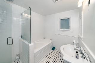 Photo 17: 208 W 23RD AVENUE in Vancouver: Cambie House for sale (Vancouver West)  : MLS®# R2444965