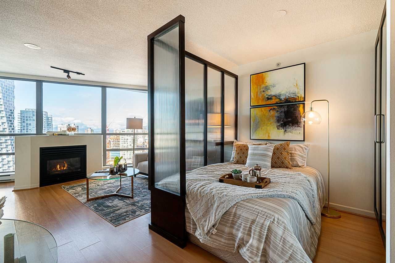 """Main Photo: 2505 501 PACIFIC Street in Vancouver: Downtown VW Condo for sale in """"THE 501"""" (Vancouver West)  : MLS®# R2436653"""