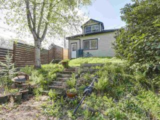 """Photo 16: 28 E 19TH Avenue in Vancouver: Main House for sale in """"MAIN"""" (Vancouver East)  : MLS®# R2161603"""