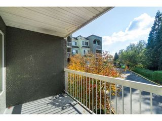 Photo 18: 104 5700 200 STREET in Langley: Langley City Condo for sale : MLS®# R2413141