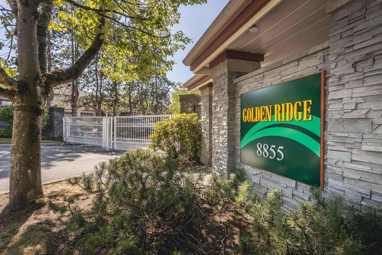 "Main Photo: 3 8855 212 Street in Langley: Walnut Grove Townhouse for sale in ""GOLDEN RIDGE"" : MLS®# R2612117"