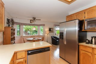 """Photo 9: 18589 62 Avenue in Surrey: Cloverdale BC House for sale in """"Eaglecrest"""" (Cloverdale)  : MLS®# R2208241"""