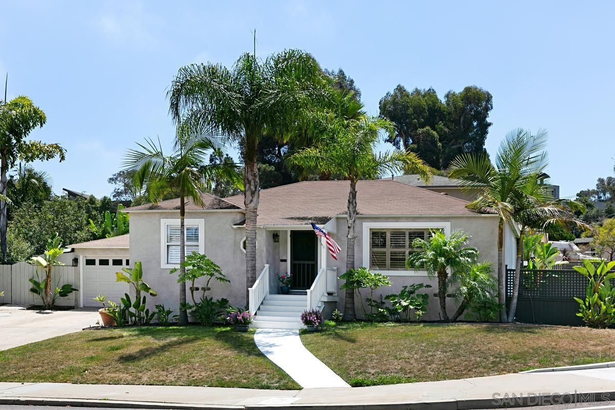 Main Photo: POINT LOMA House for sale : 3 bedrooms : 1905 Catalina Blvd in San Diego