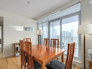 """Photo 8: 2301 1205 W HASTINGS Street in Vancouver: Coal Harbour Condo for sale in """"CIELO"""" (Vancouver West)  : MLS®# R2191331"""
