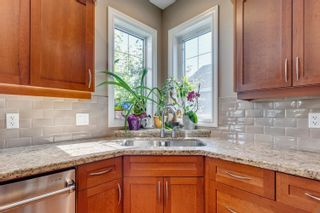 Photo 15: 9032 16 Avenue in Edmonton: Zone 53 House for sale : MLS®# E4256577