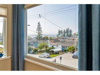 """Photo 5: 866 STEVENS Street: White Rock House for sale in """"west view"""" (South Surrey White Rock)  : MLS®# R2505074"""