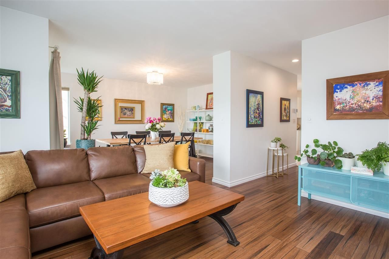 """Main Photo: 3 900 TOBRUCK Avenue in North Vancouver: Mosquito Creek Townhouse for sale in """"Heywood Lane"""" : MLS®# R2589572"""