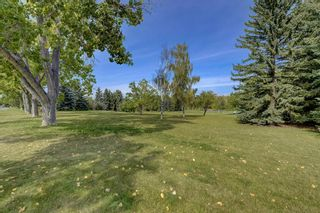 Photo 35: 2607 Canmore Road NW in Calgary: Banff Trail Semi Detached for sale : MLS®# A1146010