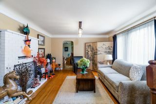 Photo 5: 2219 E 25TH Avenue in Vancouver: Collingwood VE House for sale (Vancouver East)  : MLS®# R2624628